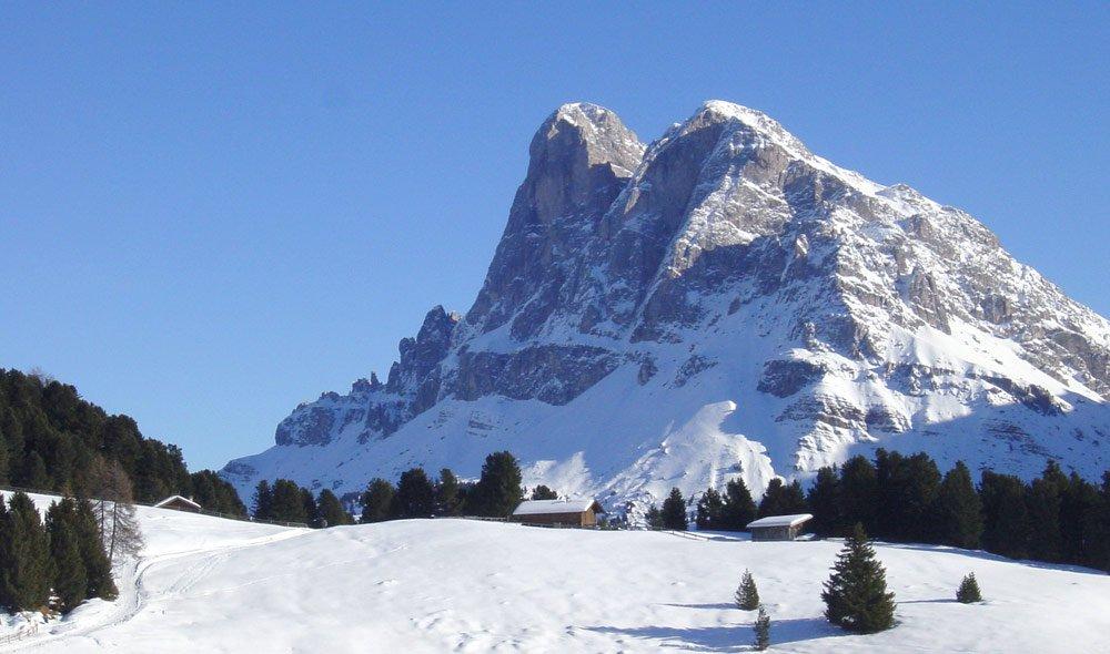 Winterliche Skitouren in die Berge bei Brixen